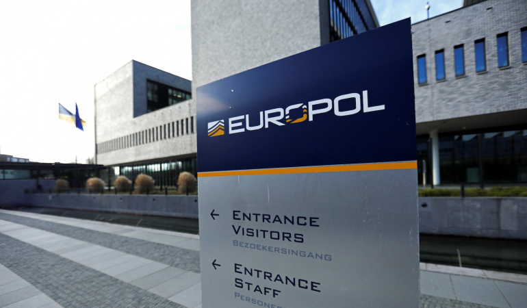 europol-korona-suclarina-karsi-uyardi