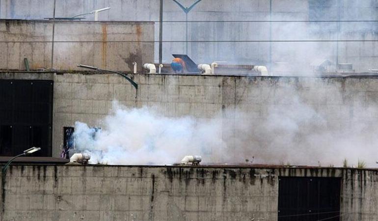 ekvador-cezaevlerinde-isyan