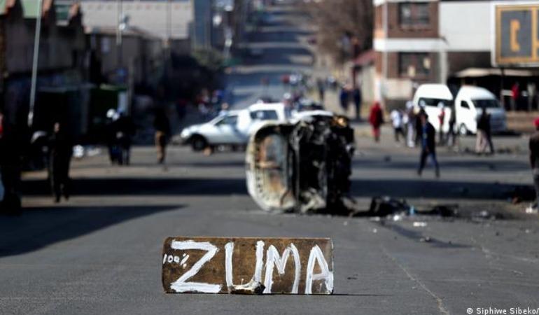 zuma-guney-afrika-protestoları